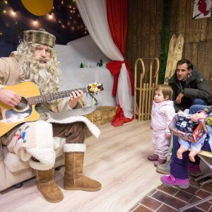 Srečanje z Dedkom mrazom ali Božičkom